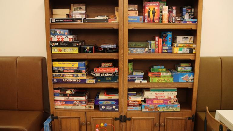 Game-Inn opent bijzondere spellenwinkel en spelcafé (video)