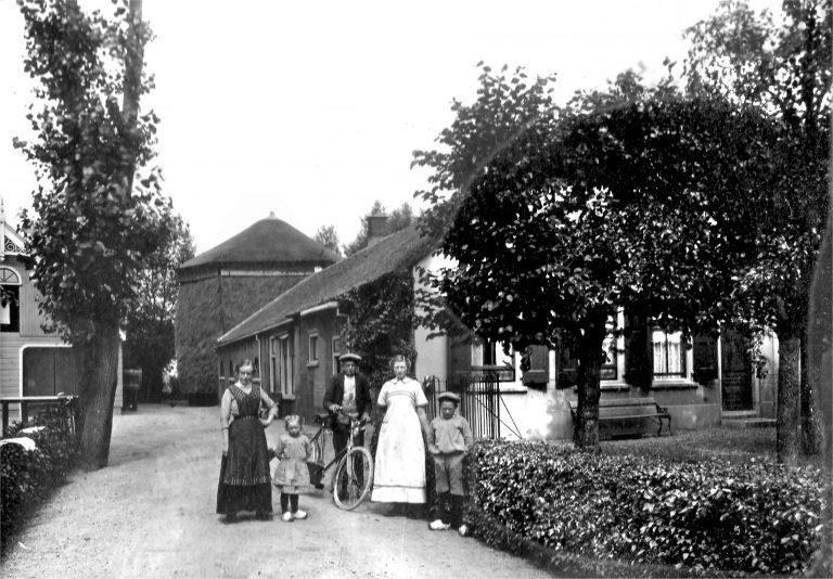 In dec. GEEN Oudheidkamer niet open (foto1916)