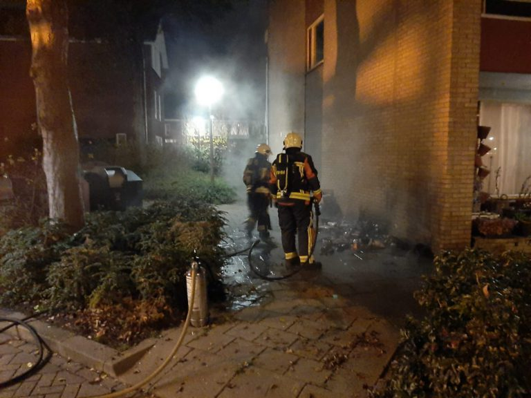 Bewoners flat in Moordrecht ruw gewekt door brand