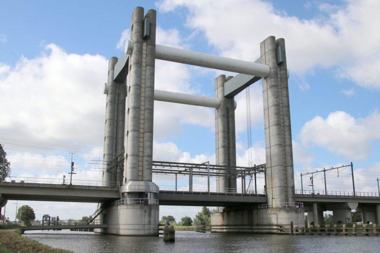Defecte spoorbrug in Gouda zorgt voor verstoring treinverkeer