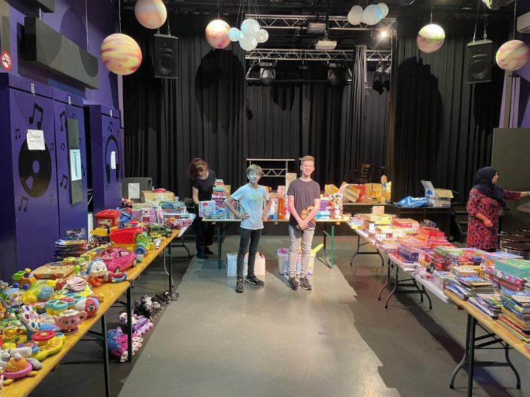 Succesvolle speelgoedbeurs Kindergemeenteraad