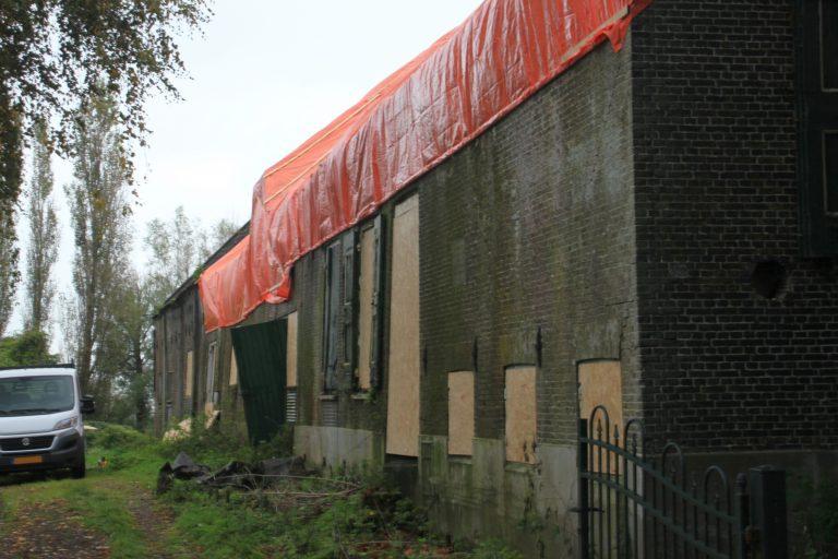 Nu ook ramen dichtgetimmerd van Nieuwerkerks Rijksmonument