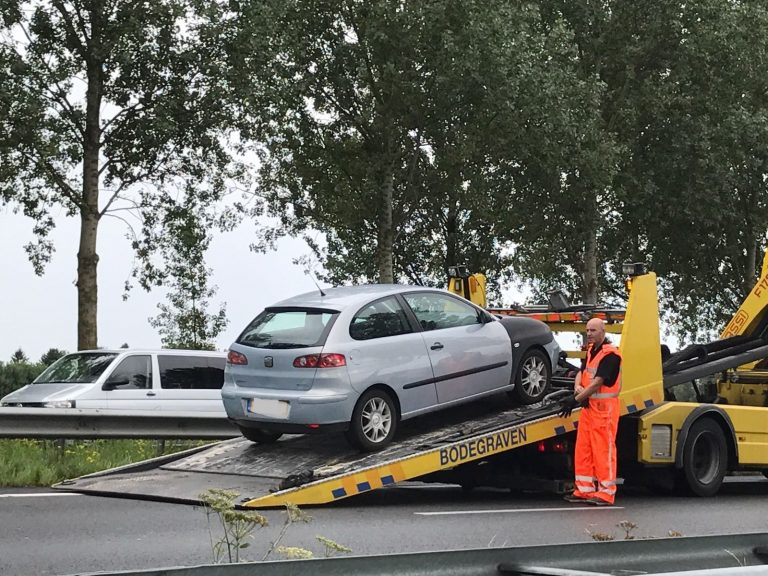 Weinig schade, wel gewonde bij ongeval A20
