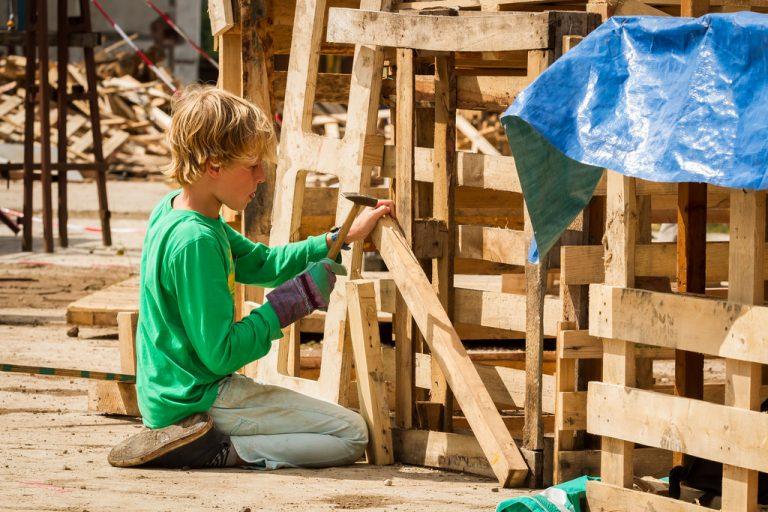Timmermensjes en deelnemers voor andere activiteiten gezocht in Nieuwerkerk