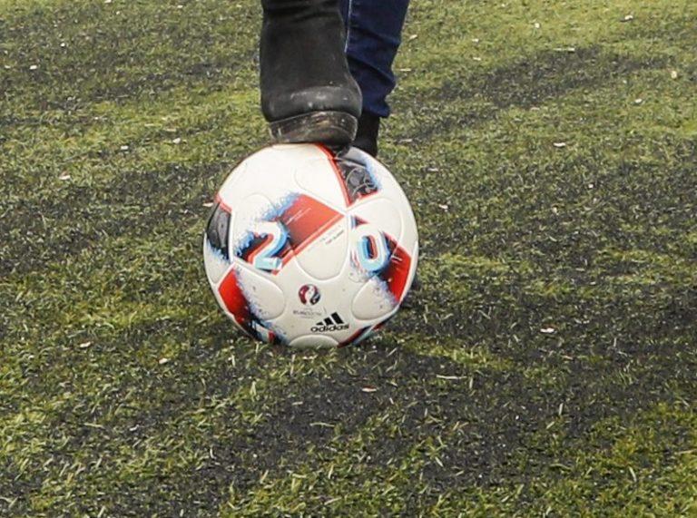 Voetbalweekend Zuidplas : veel afkeuringen, Nieuwerkerk zaterdag wint weer eens